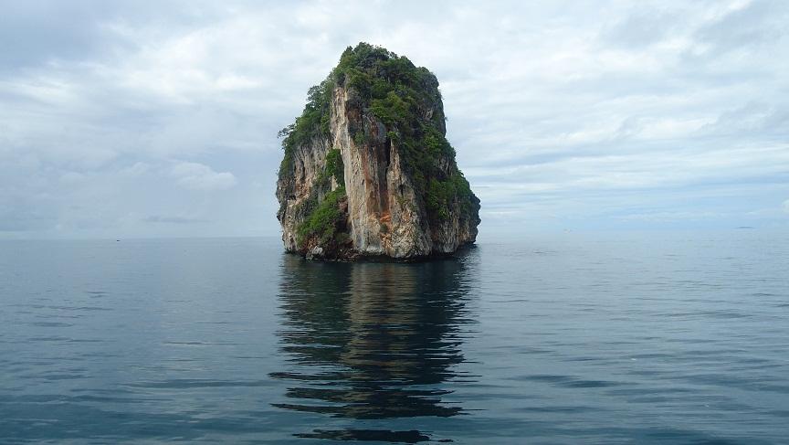 PhiPhiIsland