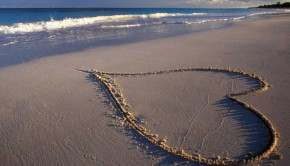 beach-sand-water-heart